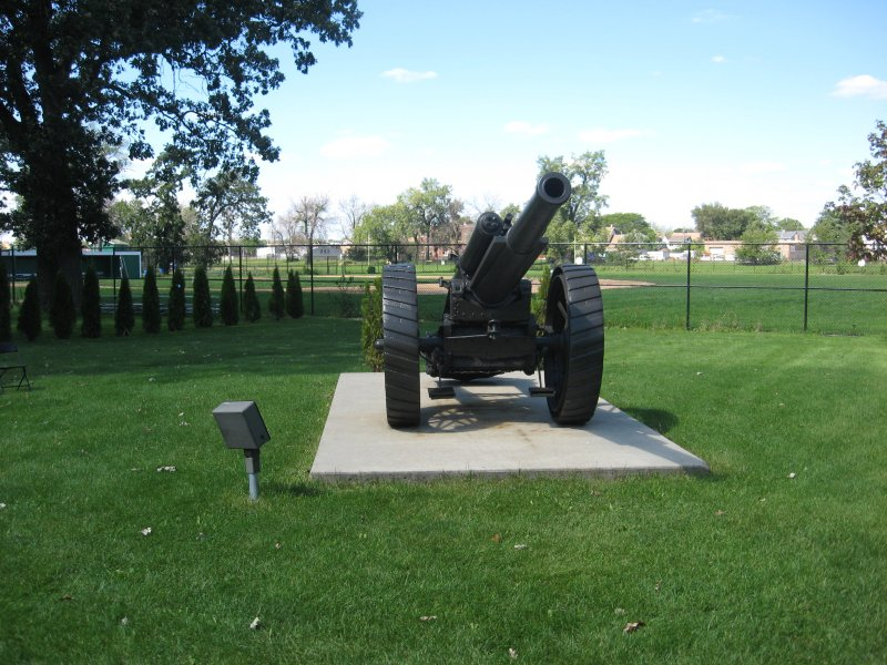 BL 60-Pounder cannon in Maywood, Illinois.