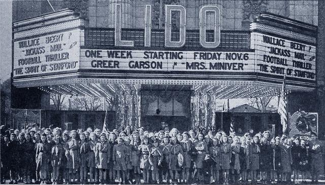 Girl Scouts Visit Lido Theater