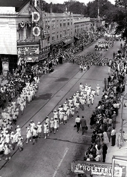 First Bataan Day parade passes the Lido Theater